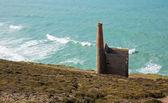 Cornwall coast and old tin mine England UK near St Agnes Beacon on the South West Coast Path known as Wheal Coates — Stock Photo