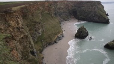Western Cove Portreath North Cornwall England UK between St Agnes and Godrevy on the Heritage Coast — Stock Video