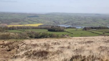 View from Black Down the highest hill in the Mendip Hills Somerset in south-west  England towards Blagdon Lake and Chew Valley — Stock Video