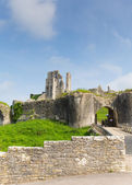 Corfe Castle Isle of Purbeck Dorset England built by William the Conqueror in 11th century in the Purbeck Hills between Wareham and Swanage, Grade I listed building and Scheduled Ancient Monument — Stock Photo
