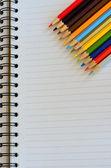 Divers crayons de couleur — Photo