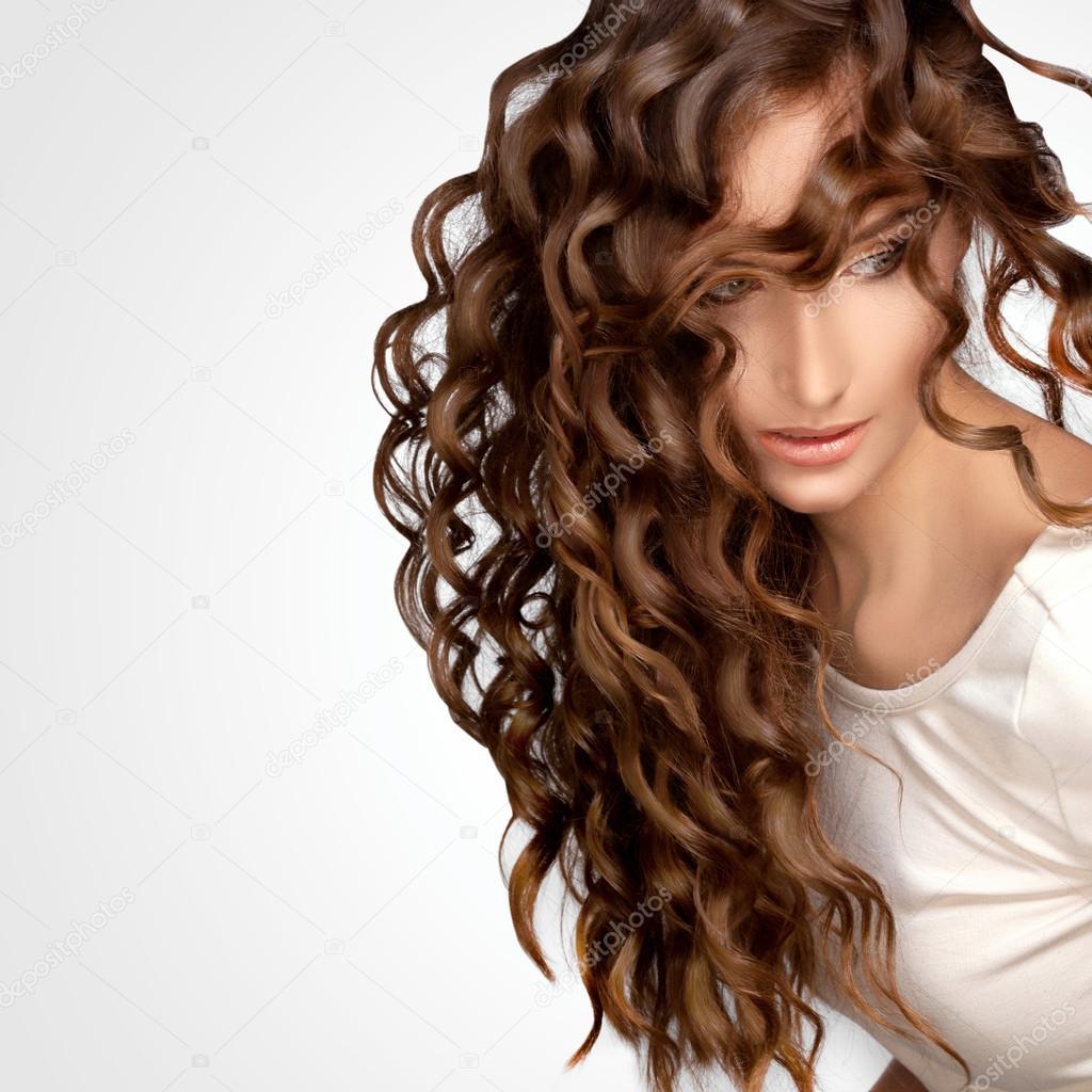 Причёски с химией на длинные волосы