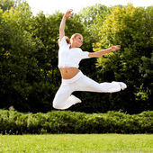Happy Woman Jumping. Free Dancer. Freedom concept. — Stock Photo