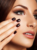 Beautiful Woman With Black Nails. Makeup and Manicure. — Stock Photo