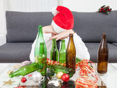 Drinking too much during Christmas time — Stockfoto