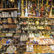 Souvenirs in Grand bazaar, Istanbul — Stock Photo #25833057
