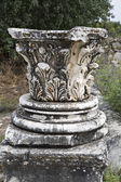 Column head in The Temple of Aphrodite of Aphrodisias — Stock Photo