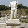 Collosal torso of naked male god in Hadrian bath of Aphrodisias — Stock Photo