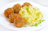 Mashed potatoes with noisettes — Stock Photo