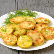 Fried zucchini with dill — Lizenzfreies Foto
