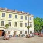 Hlavne namestie square in Bratislava, Slovakia. — Stock Photo #37606931