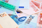 Syringe for euro banknotes. — Foto Stock
