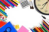 Orologio e altri strumenti di scuola su sfondo bianco. — Foto Stock