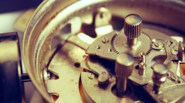 Ringing mechanism of an old alarm clock — Stock Video