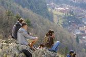 Young people enjoying city panorama — Stock Photo