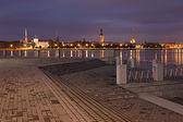 Natt rigas stadsbild — Stockfoto