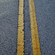 Road line on asphalt — Stock Photo #14615183