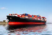 港で貨物船 — ストック写真