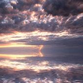 Cloudy sunset seascape — Стоковое фото