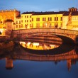 Bridge on Prato della Valle at dusk — Stock Photo