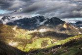 Alpine village in Dolomites mountains — Stock Photo