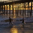Surfer joy near the Oceanside pier. - Foto de Stock