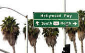 Hollywood Freeway Sign — Stock Photo