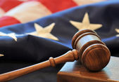 Flag and gavel — Stockfoto