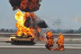 Tank fires — Stock Photo