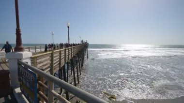 Time lapse at the Oceanside Pier — Stock Video