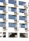 Fachada con balcones — Foto de Stock