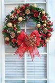 Christmas Wreath on Door — Stock Photo