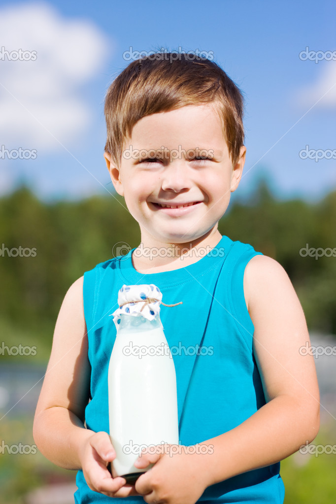 Smiling Boy Hiding Bouquet Red Carnations Stock Photo 126672695 ...