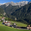 "Mountain village of ""Ahornach"" in South Tyrol, Italy — Stock Photo #12960366"