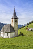 Small church in South Tyrol, Italy — Стоковое фото