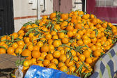 Ripe mandarins for sale on a market in Morocco — Stok fotoğraf