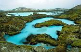 το μπλε λιμνοθάλασσα στην ισλανδία — Φωτογραφία Αρχείου
