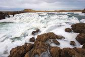 Bevroren waterval in ijsland — Stockfoto