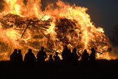 Huge bonfire with easter — Stock Photo
