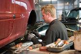 Repairing a car — Stock Photo