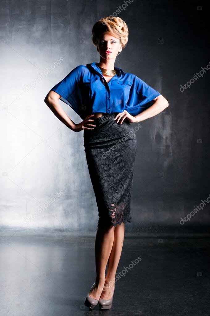 Slim girl in blue blouse — Stock Photo #12746528