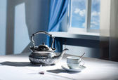 Kettle and cup — Stock Photo