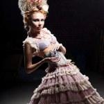 meisje met parfum — Stockfoto