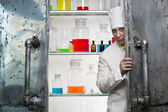 Chemist in the laboratory — Stock Photo