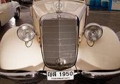 Mercedes-Benz 170V (OTP), Vintage cars — Stock Photo