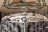 Mercedes-benz 300se cabrio, vintage arabalar — Stok fotoğraf