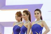 Nonthaburi, thailand - dezember 1: mädchen die 30. thailand-praktikantin — Stockfoto