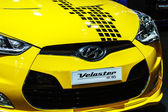 BANGKOK - December 1: Hyundai Veloster on display at The 30th Th — 图库照片