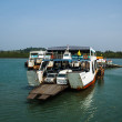 TRAT, THAILAND - DECEMBER 30: The Koh Chang ferry pier and ferry — Stock Photo