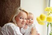 妈妈和宝宝 — 图库照片